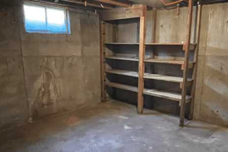 Basement to rent for storage in Seattle, WA